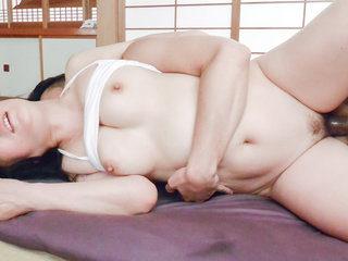 Shino Izumi