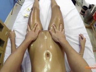 New massagist plows Maye
